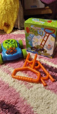 Игрушка каталка с мыльными пузырями