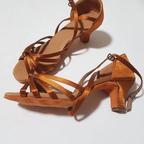 Туфли для латины, бальных танцев, каблук 5см, есть размеры