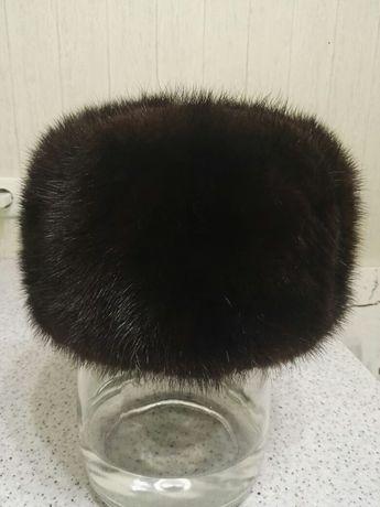 Продам мужскую шапку норка.