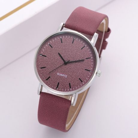 Стильные Женские часы кожаный ремешок (Разные цвета)