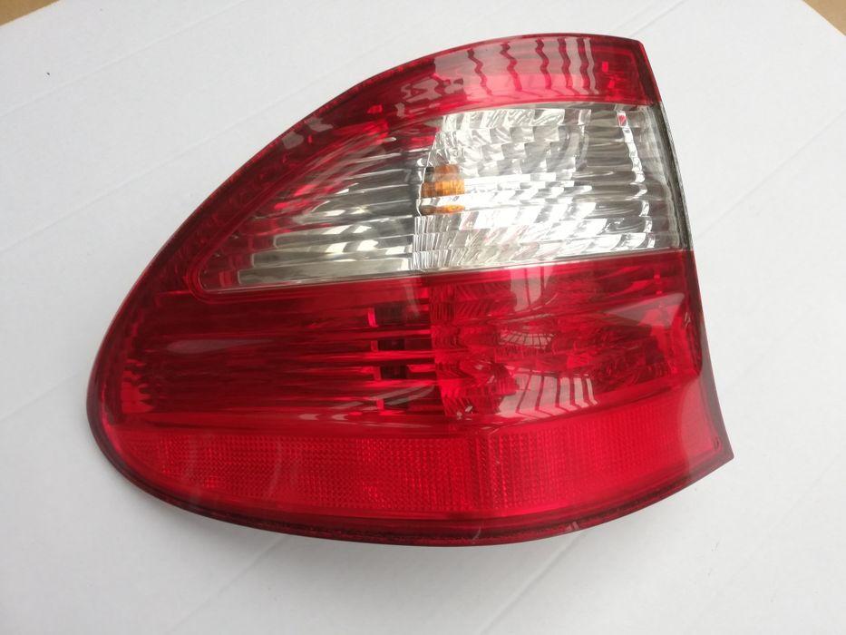Lampa lewa tył Mercedes W211 kombi classic elegance Wołów - image 1