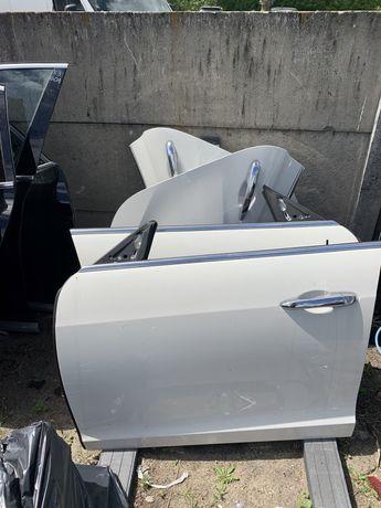 Maseratti Ghibli Quattroporte двері перед/зад