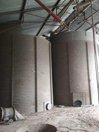 Silos zbożowy 40Ton 42Tony zbiornik na zboże bin średnica 3.87m