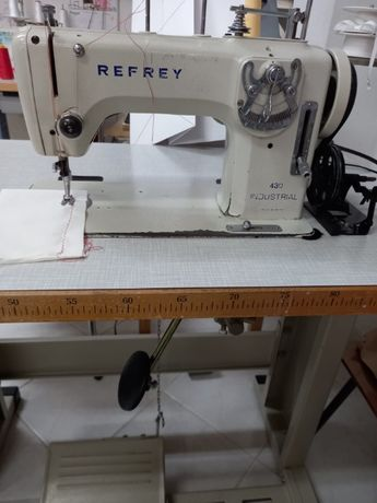 Máquina Costura Refrey 430 Industrial