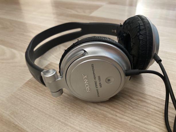 Продаю наушники Sony MDR-V300