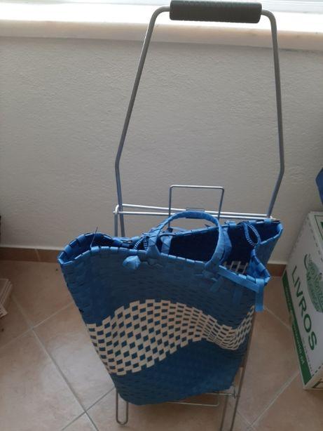 Carrinho para compras supermercado com rodas largas azul ráfia