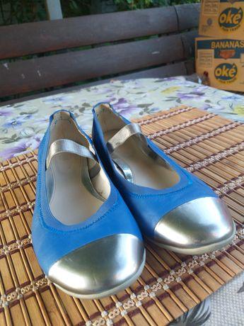Туфлі для дівчинки. Clarks