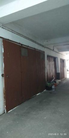 Garagem no centro do Cartaxo com excelente área