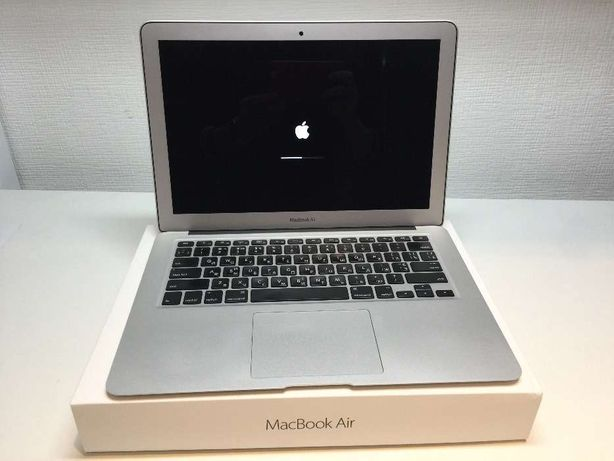 Продаю Apple MacBook Air 13'' 1,8GHz i5 8gb 256SSD 2017 года как новый