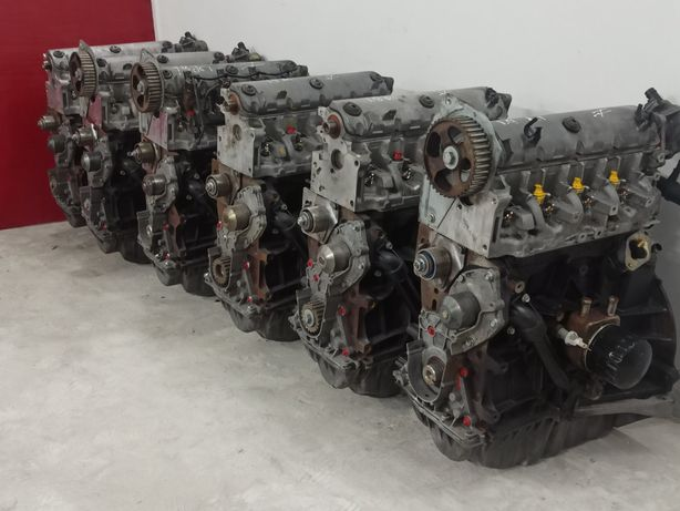 двигун Мотор Рено трафік Опель віваро нісан примастар лагуна сценік1.9