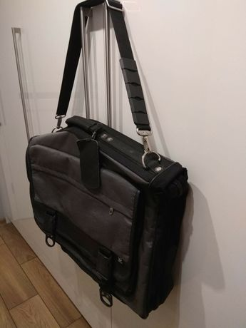 Pokrowiec walizka torba na garnitur Samsonite