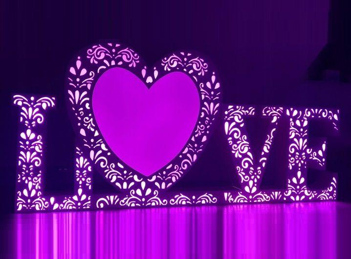 Napis LOVE wynajem LED Multikolor Ciężki Dym Taniec w Chmurach Radom - image 1