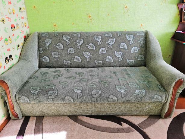Продам диван і крісло