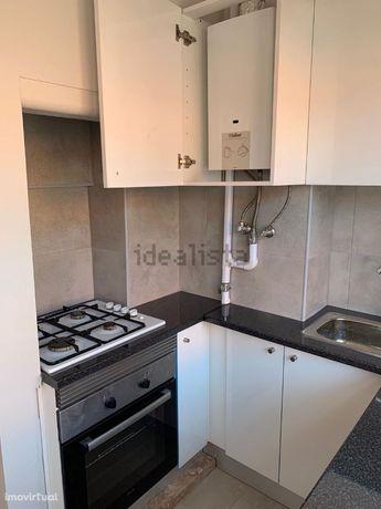 T1 - Varanda - Cozinha Equipada