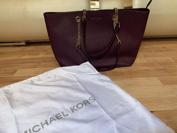 Torebka torba saffiano Michael kors chain jest najwieksza, śliwkowa