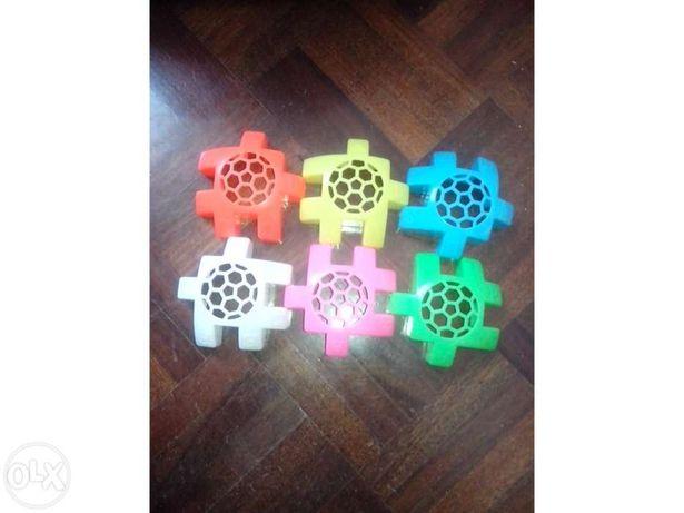 brinquedos-Peças de plastico