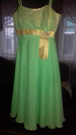 Продам 3 платья за 300 грн