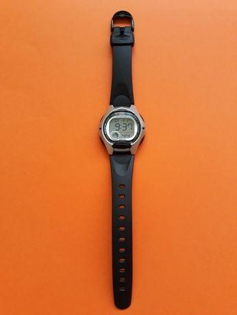 Zegarek dziecięcy Casio LW-200-1AVEF