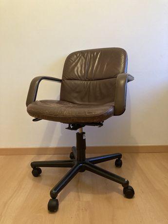 Cadeira de escritório pele vintage