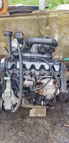 2.5 мотор двигун комплектний т4 2.5 AJT