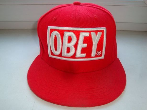 Фирменная кепка OBEY
