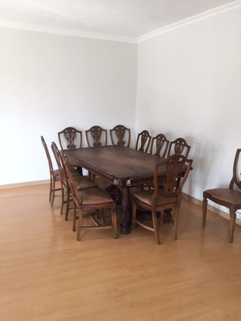 Mesa sala jantar escritório hotel , 12 cadeiras raiz nogueira vintage