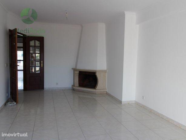 Apartamento T2 - Centro De Leiria