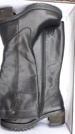 Женские кожаные демисезоные сапоги Carmela