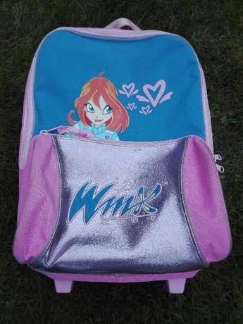 Plecak, walizka różowa