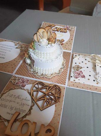 Kartka okolicznościowa, imieniny, urodziny, prezent, pudełko, album