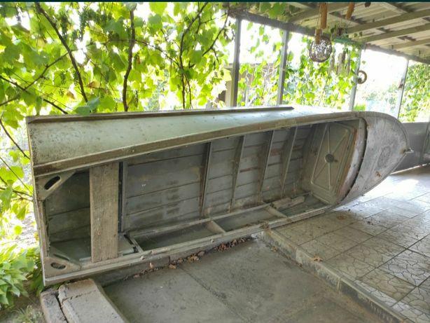 Лодка  Южанка лодочка обмін