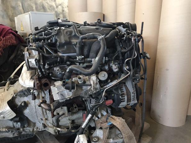 Продеться двигатель на Рендж ровер спорт и коробка передач 3.0 d
