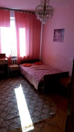 Уютная,чиста, 1 комнатная метро Черниговская 10мин пешком Рынок Юность