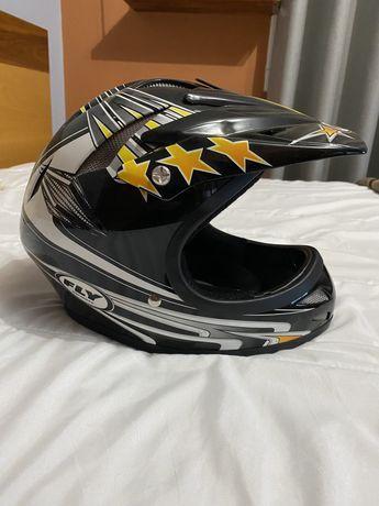 Capacete Fly Helmet tamanho M