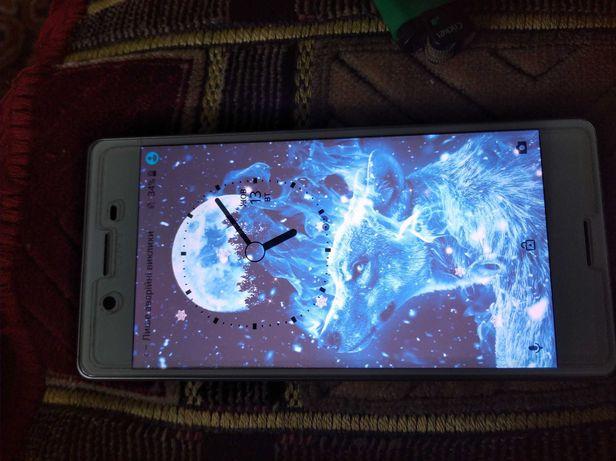 Продам телефон Sony Xperia X (f5122)