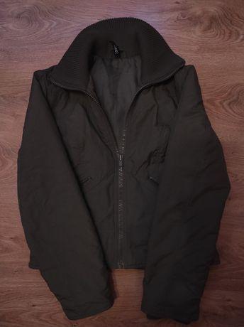 Женская куртка весеннё-осенняя