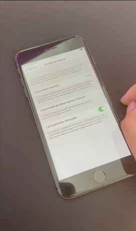 Iphone 8 Plus Preto. Como novo. Tem garantia de 1 ano.
