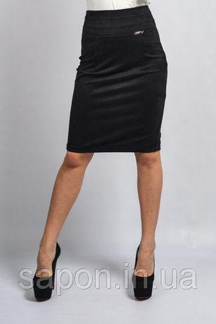 Чорна юбка-карандаш