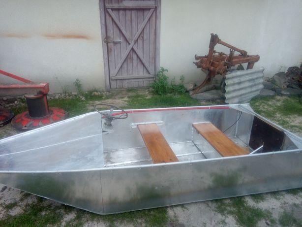 Продам човен з алюмінія АМг5 цельно сварна