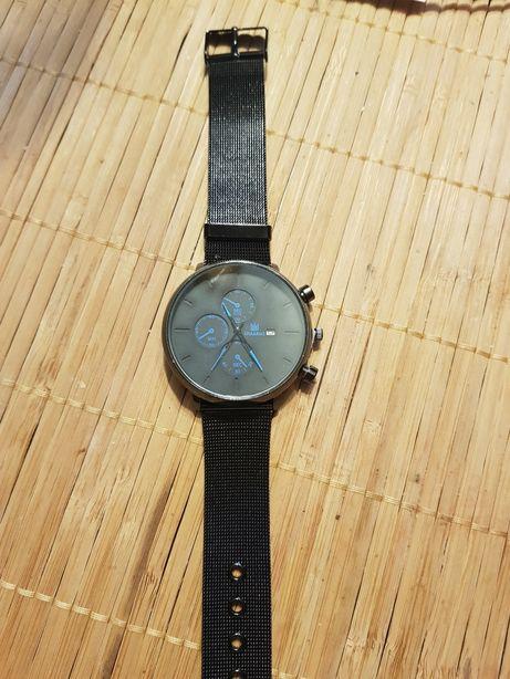Sprzedam zegarek z datownikiem