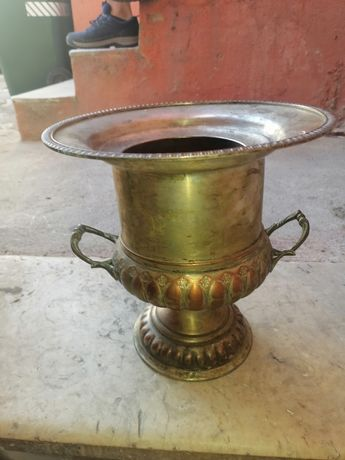 Jarra decorativa em cobre com banho de prata
