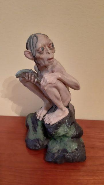 Gollum szuka nowego Pana - figurka z filmu Władca Pierścieni