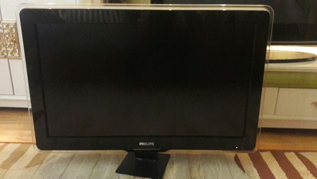 Продам ЖК телевизор Philips 32 USB HDMI