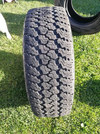 Vendo 4 pneus wrangler 255/75r17