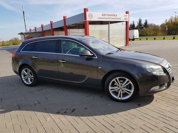 Продам автомобіль Оpel_Іnsignia. 2013 року випуску.