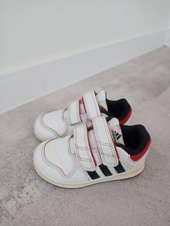 Buciki Adidas sportowe 22 białe na rzepy