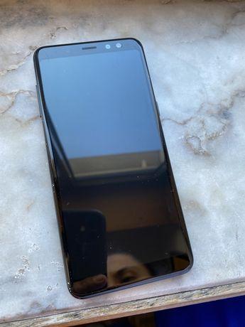 Samsung A8 2018 usado