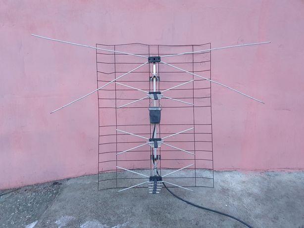 Антенна Т2 с усилителем (польская)