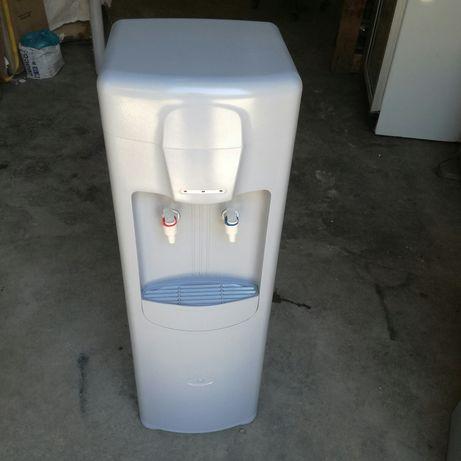 Vendo fonte de agua