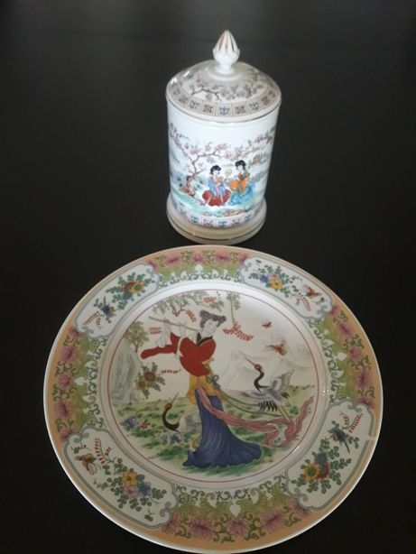 Pote porcelana Portuguesa e prato